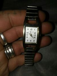 ANNE KLEIN WRIST WATCH Coquille, 97423