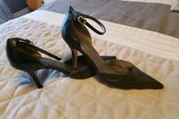 Beautiful black leather heels, size 6 Vaughan, L4H 2W3
