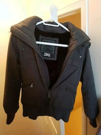 black zip-up jacket Mississauga, L5N 7N3