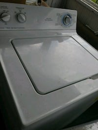 white top-load washer St. Louis, 63133