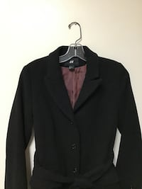 Women's H&M polyester/viscose fully lined black coat… Size 6 Manasquan, 08736
