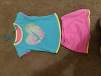 Girls size 4 nike outfit with shirt and skirt  Cincinnati, 45238