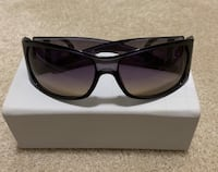 black framed sunglasses with case Vienna, 22180