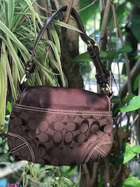 Authentic coach purse Kingston, K7P 2A1