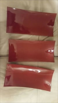 three rectangular red  plates Annandale, 22003