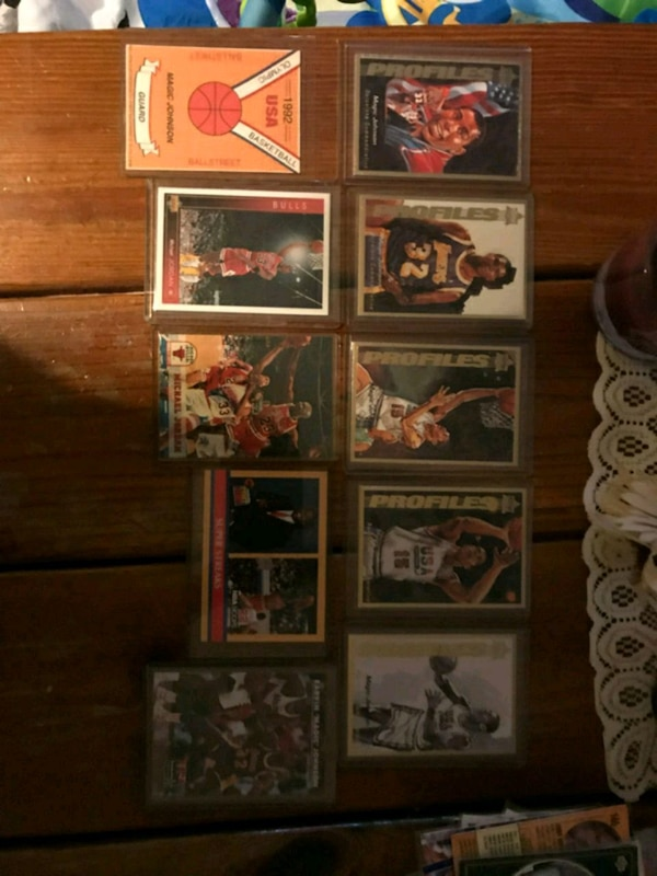assorted basketball trading card lot