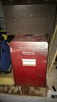 Red and black craftsman tool chest Oklahoma City, 73111