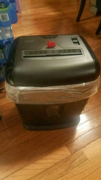 Staples Heavy duty shredder Baltimore