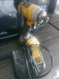 black and yellow DeWalt cordless power drill Groveport, 43125