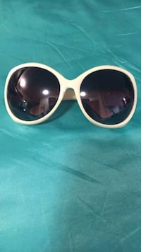 Chanel white sunglasses Vaughan, L4J 8A6