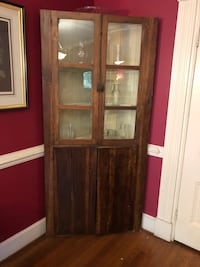 Antique Corner Cabinet Warrenton, 20186