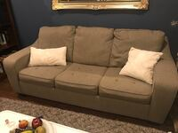 Pull out couch queen size memory foam Mississauga, L5J 3W8