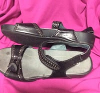 Probe't sandals, excellent in comfort. Wider fit s Calgary, T3B 1K5