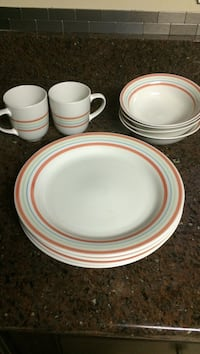 Dinnerware set. Hagerstown, 21740