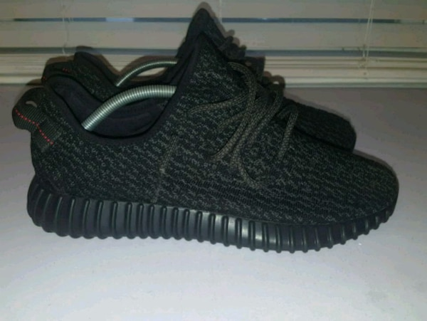 1191d89dfdd Used Yeezy boost 350 pirate black size 10 for sale in Queens - letgo