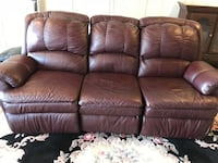 Genuine Leather Italian Reclining Sofa Brampton, L6Y