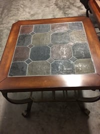 Coffee table and end tables Myrtle Beach, 29579