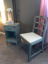 Lovely SideTable and Antique chair Edmonton, T5P