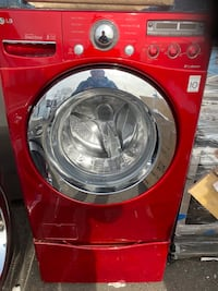Red washer