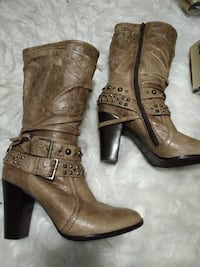 Rarely used Brown Leather Boots, Heels. 7.5.