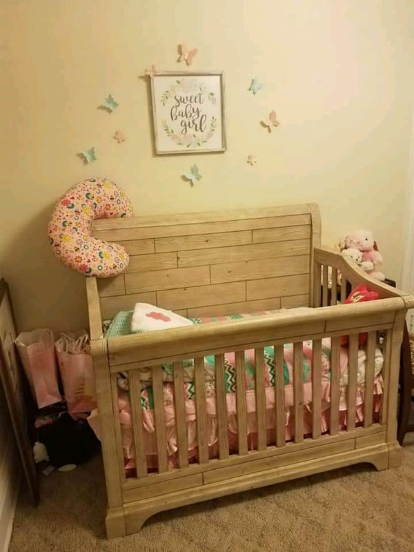 Adjustable Baby Crib Converts into a Bed Twin and Full Size 19915f95-edc3-4905-909a-c76c5da17144