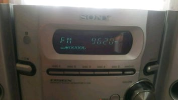 SONY CD,RADYO,KASET