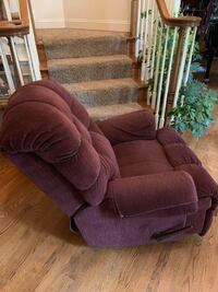 Purple Recliner Stafford, 22556