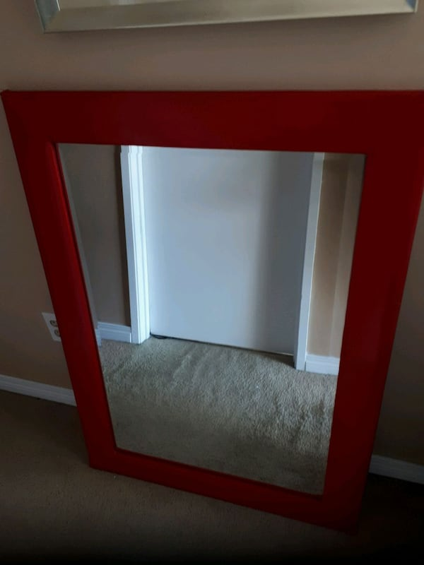 Red vinyl framed beveled heavy mirror b8b7bf06-8f01-4609-ab5a-219f0c224bba