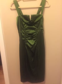Emerald green dress Pickering, L1W 2P5