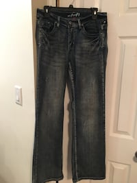 Like New Women's boot cut jeans 8