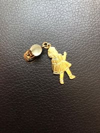 18K Gold baby shoe and baby girl charm