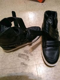 pair of black leather shoes Columbus, 31903