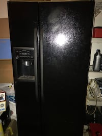 black side-by-side refrigerator with dispenser Hamilton, 20158