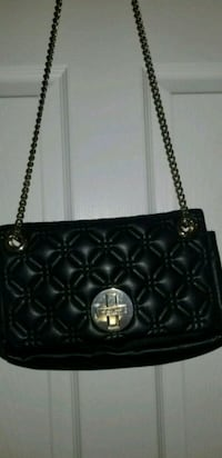 black leather quilted shoulder bag Toronto, M2N 2G9