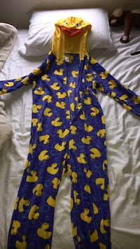 Blue and yellow rubber duck printed footie Novato, 94949