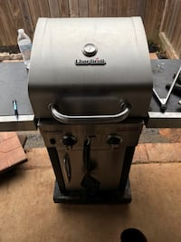 stainless steel Char-Broil gas grill Hattiesburg, 39402