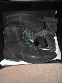 Kenneth Cole Boots Men's Size 9