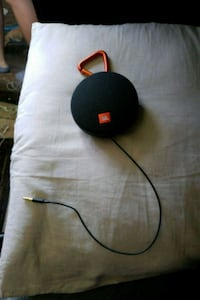 JBL bluetooth speaker with aux  Midvale, 84047
