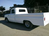 11k white single cab pickup truck Bakersfield, 93307