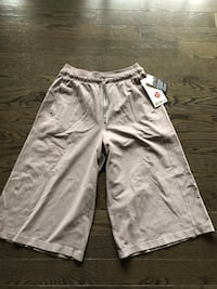 Inner Glow Culottes, New, Size 8 Lululemon , L2G 0A7