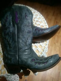 Womens Leather Boots Size 11C 62 mi