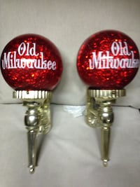 Vintage old Milwaukee globes