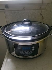 slow cooker brand new never used once  Markham, L3T 3H6