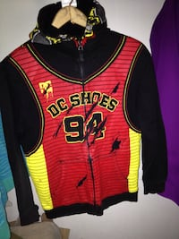 red and yellow 94 DC shoes jersey print zip-up hoodie