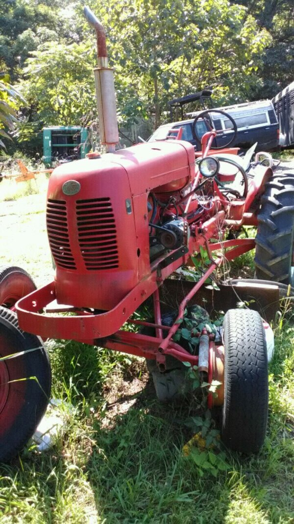 1930 s Avery tractor  and a spare for parts.