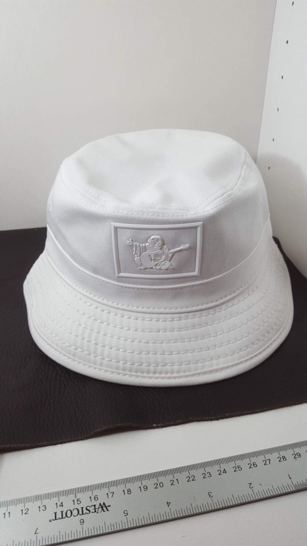 16383a5fdb3c9 Used white True Religion bucket hat for sale in Norcross - letgo