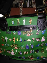 Large Wizard of Oz purse Middletown, 21769
