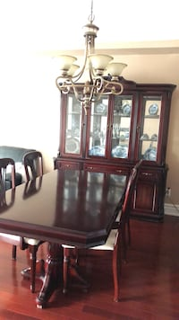 Mahogany dinner table set (6chairs) and display cabinet