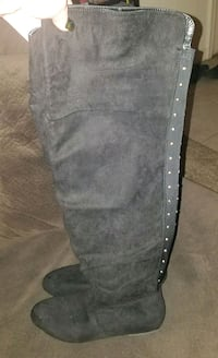 black and gray leather boot Virginia Beach, 23452
