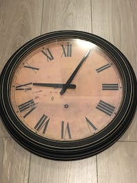Round black and brown wooden analog wall clock Langley, V2Y 3C6